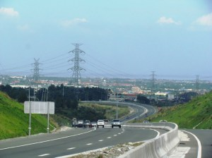 A highway outside of Calamba on a clear day